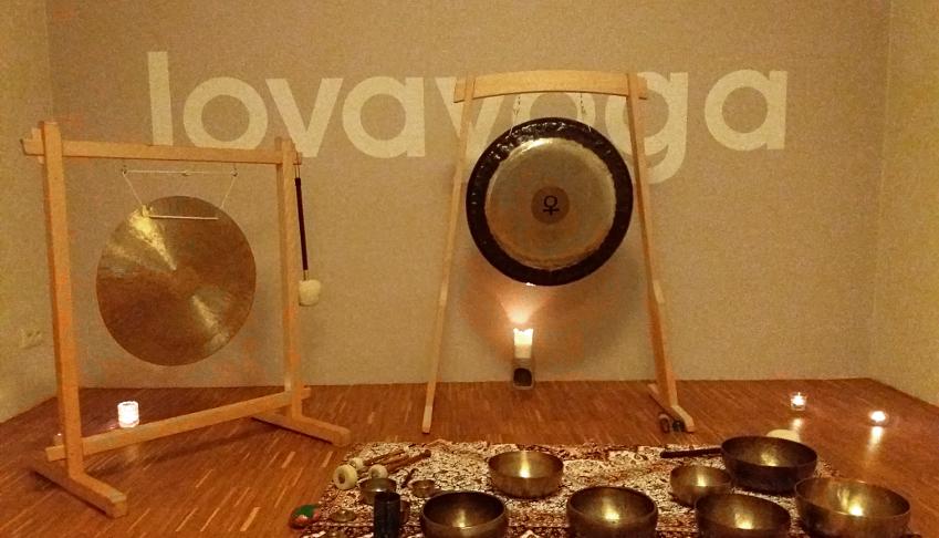 Misy i gongi w Lovayoga